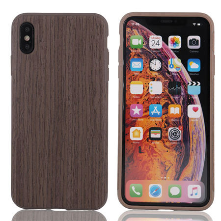 A mobile phone case made of wood use for iphone xs max
